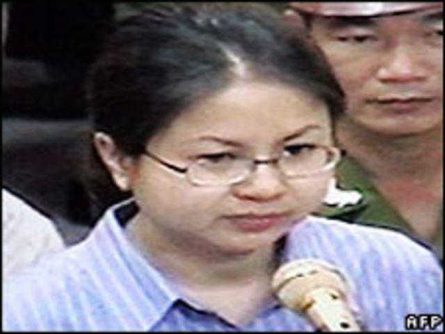 Lê Thị Công Nhân tại tòa ( tháng 05/2007)