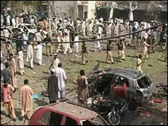 موقع انفجار سابق في بيشاور