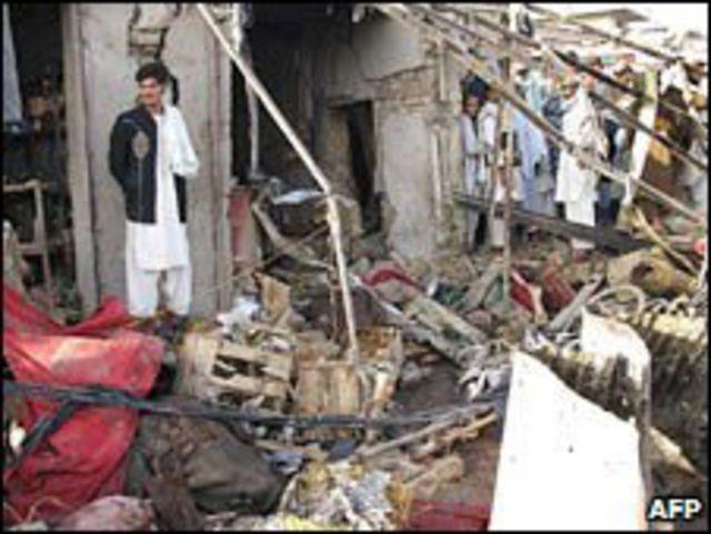 اثار احد الانفجارات في قندهار