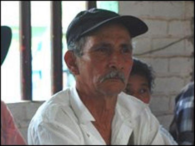 ناشط حقوق الإنسان الكولومبي