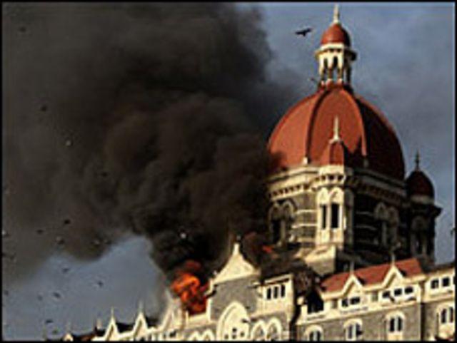 خلفت هجمات مومباي 166 قتيلا
