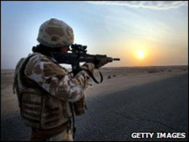 جندي في العراق