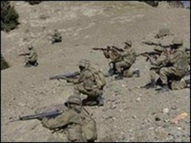 تشن القوات الباكستانية هجوما جديدا على مقاتلي طالبان الذين طردوا من وزيرستان الجنوبية