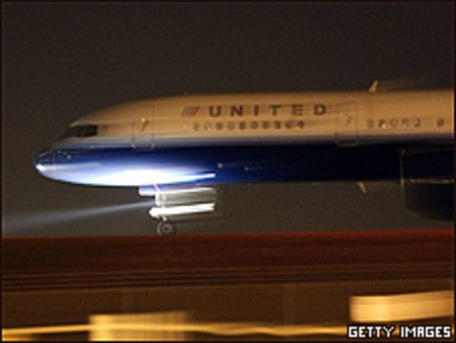 """طائرة لشركة """"يونايتد"""""""