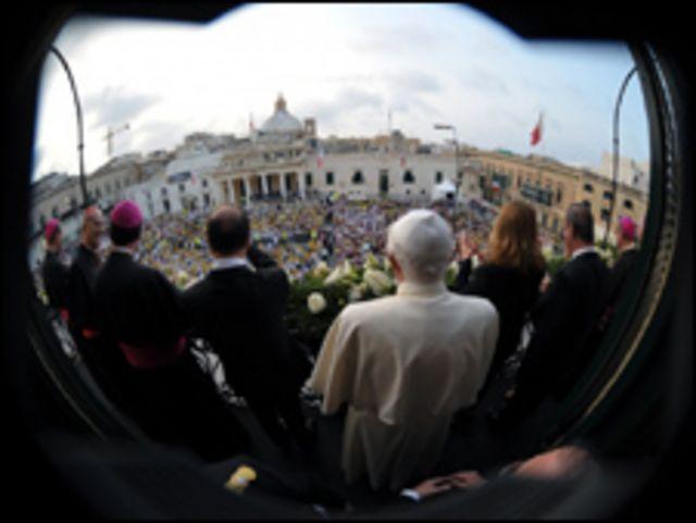 بابا الفاتيكان يزور مالطا
