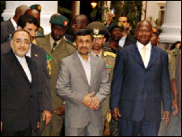 الرئيس الإيراني يصل إلى أوغندا