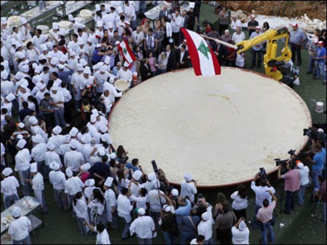 صحن حمص لبناني
