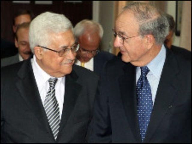 محمود عباس وميتشل
