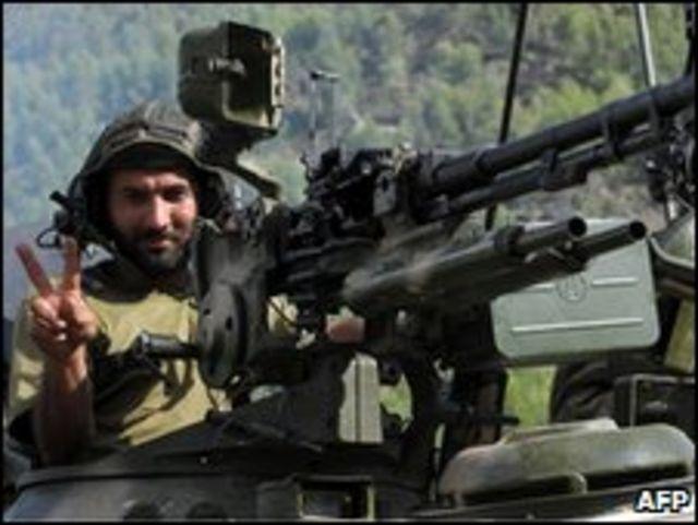 جندي باكستاني
