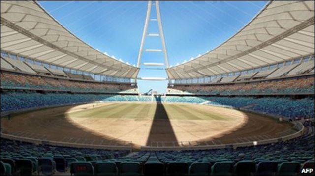 ملعب موسى مابيدا لكرة القدم في دوربان بجنوب أفريقيا