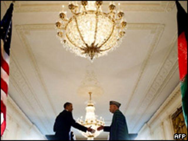 باراك أوباما وحامد كرزاي