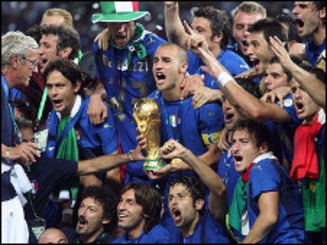 تتويج إيطاليا بكأس العالم