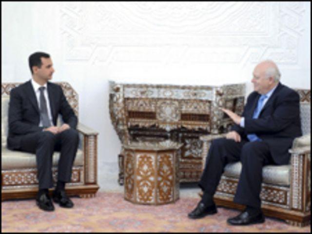 الأسد يستقبل موراتينوس في دمشق
