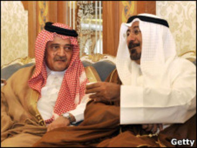 وزير خارجية الكويت، محمد الصباح، رفقة وزير الخارجية السعودية، الأمير سعود الفيصل