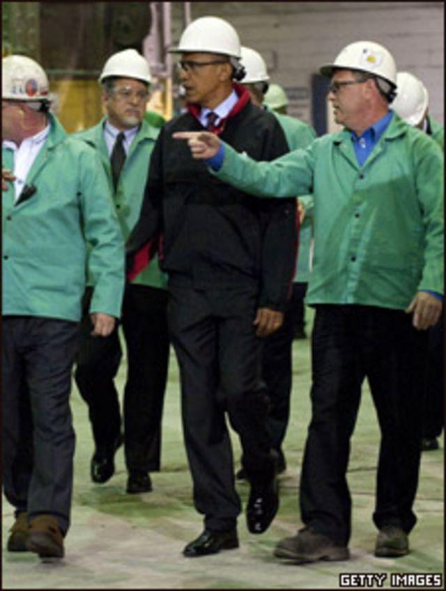 الرئيس باراك أوباما في زيارة تفقدية لمنشآت صناعة النفط