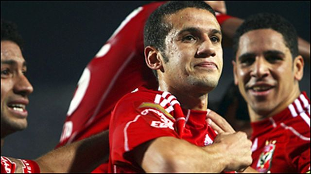 محمد فضل يحتفل بهدف التقدم