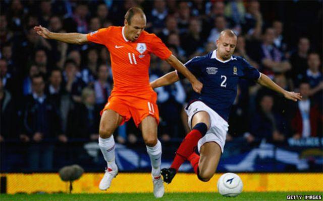 Arjen Robben siap diturunkan setelah kondisinya membaik