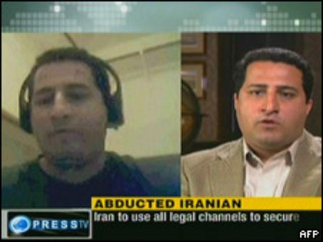 Videos difundidos por la TV iraní donde supuestamente aparece Shahram Amiri .
