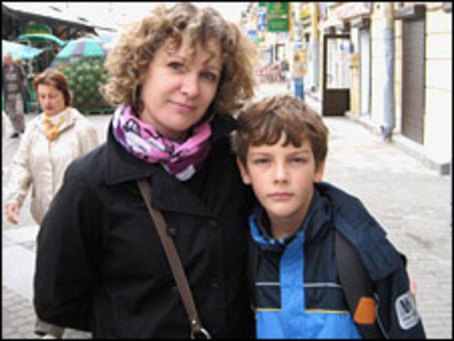 Нелли и ее 11-летний сын Артур