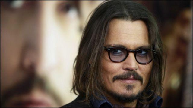 Johnny Depp akan kembali tampil dalam sekuel kelima Pirates of Caribbean berjudul Dead Men Tell No Tales.
