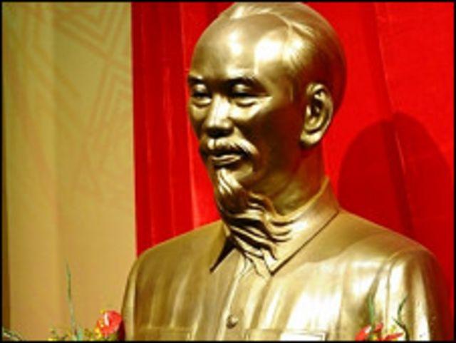 Hồ Chí Minh tiếp tục là chủ đề gây tranh cãi trong cộng đồng người Việt
