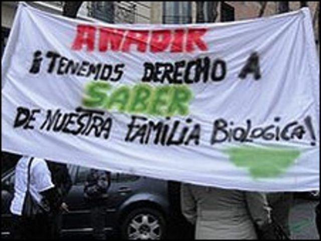 Pancarta de los miembros de Anadir