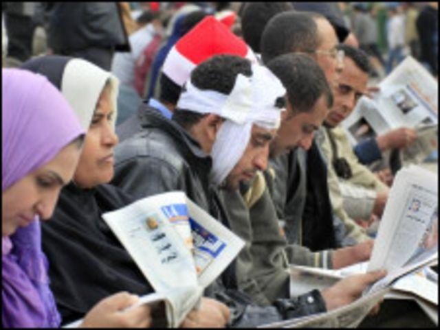 周六仍然留在解放廣場的示威者