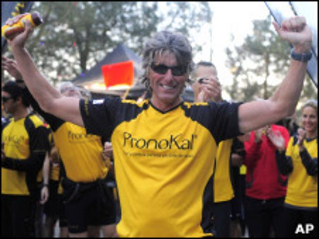 Стефаан Энгелс на финише 365-го марафона за год
