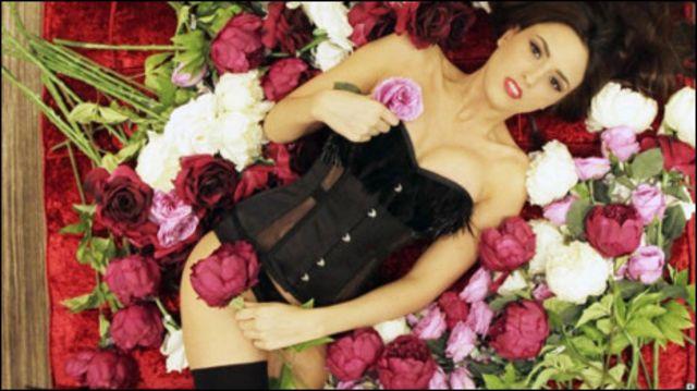 內衣與玫瑰