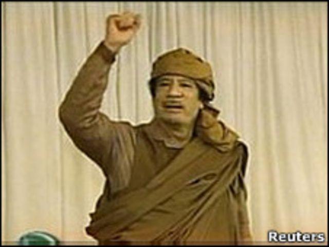 利比亞領袖卡扎菲在2月20日上電視