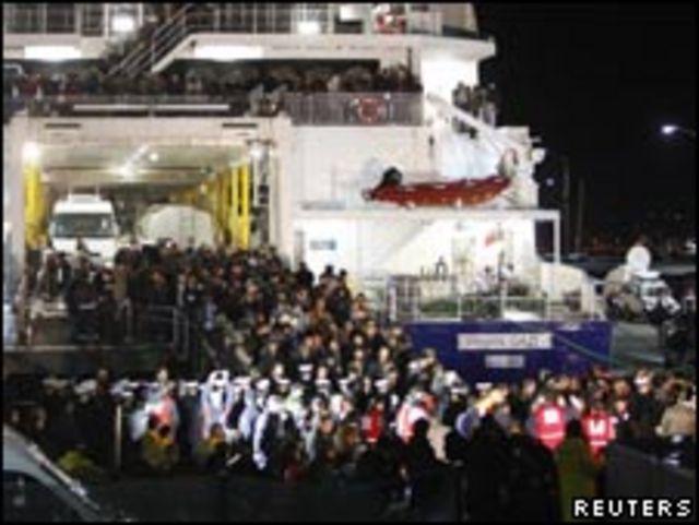 撤離利比亞的外國人