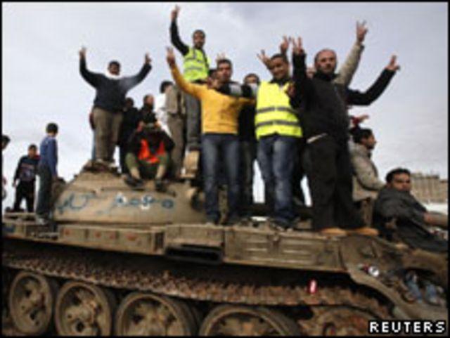 班加西的反政府抗議者