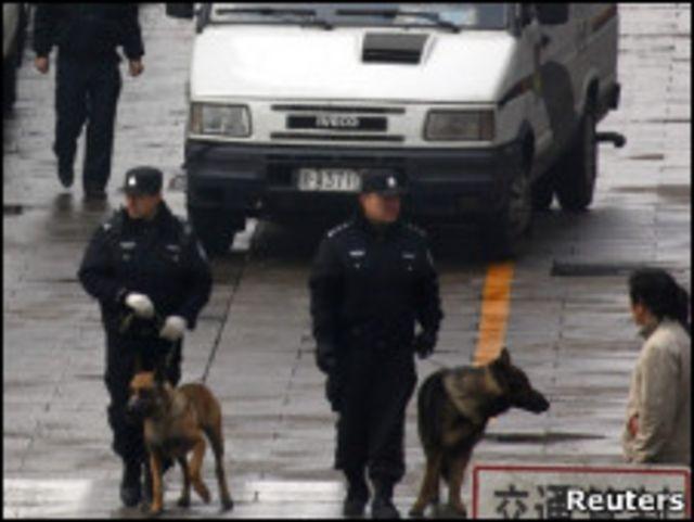 中國警方高度戒備