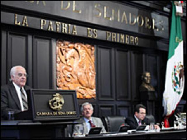 Senador Obrejo. Foto: Senado mexicano