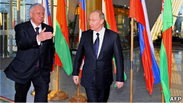 Михаил Мясникович и Владимир Путин