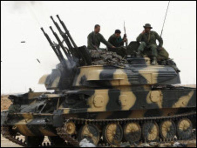 درگیری ها در لیبی تشدید شده است و نیروی دولتی در موضع تهاجمی قرار دارند