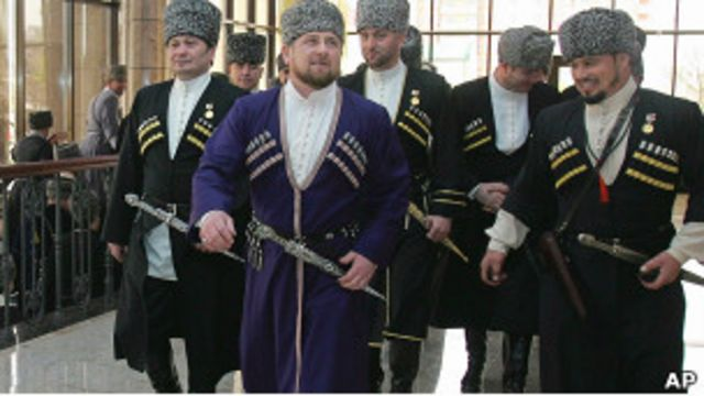 Рамзан Кадыров в традиционном костюме