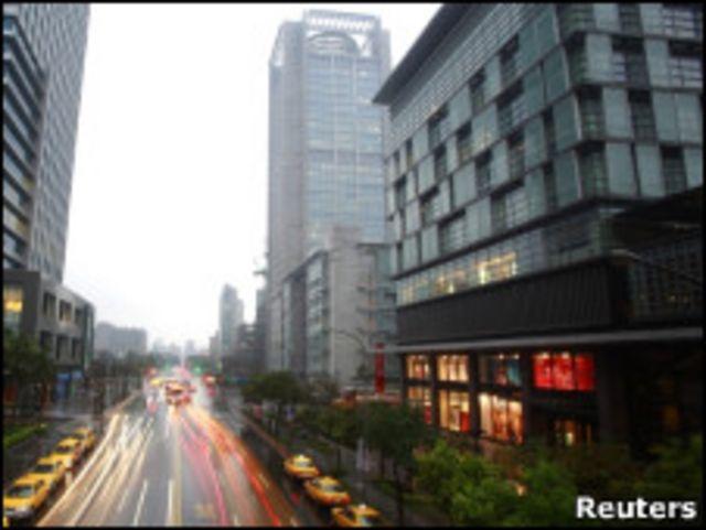 台北街頭大樓