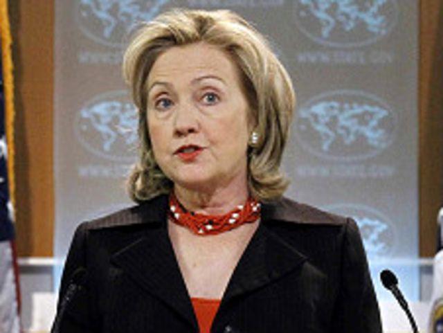မြန်မာပြည်ကို စီးပွားရေး ပိတ်ဆို့ထားတာ ပြန်ဖွင့်ပေးမယ်လို့ ပြောခဲ့တဲ့ ဟီလာရီ ကလင်တန်