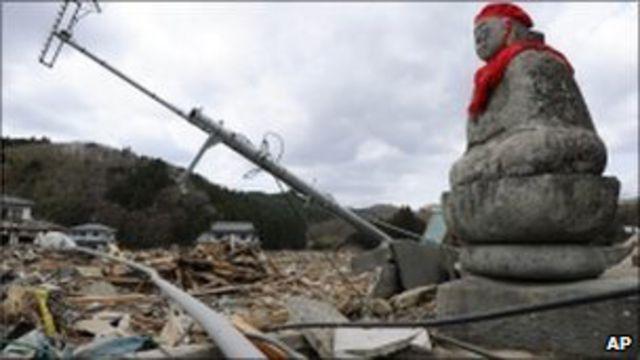 此次地震海嘯災難被視為二戰後日本面臨的最大危機