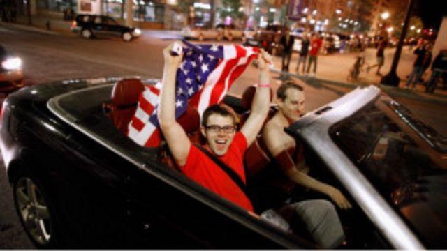 美國青年慶祝