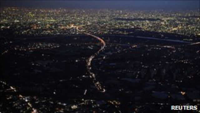 在日本這個發達的國家人們一直面對著停電的困窘。
