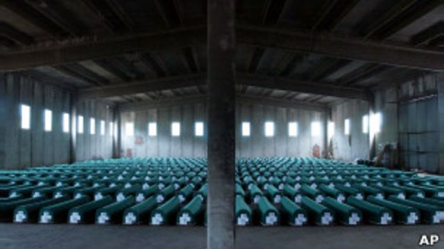 Pembantaian Srebrenica meninggalkan duka panjang bagi banyak muslim Bosnia