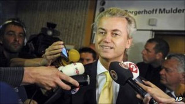 Geert Wilders na saída do tribunal (AP)