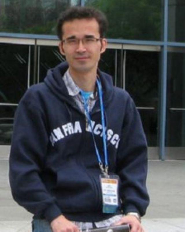 آقای کوکبی سال ۱۳۸۹ هنگام خروج از ایران در فرودگاه بازداشت شد
