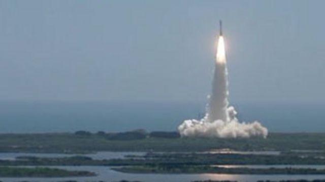飛船取名「朱諾」 (Juno),將用5年時間飛抵木星