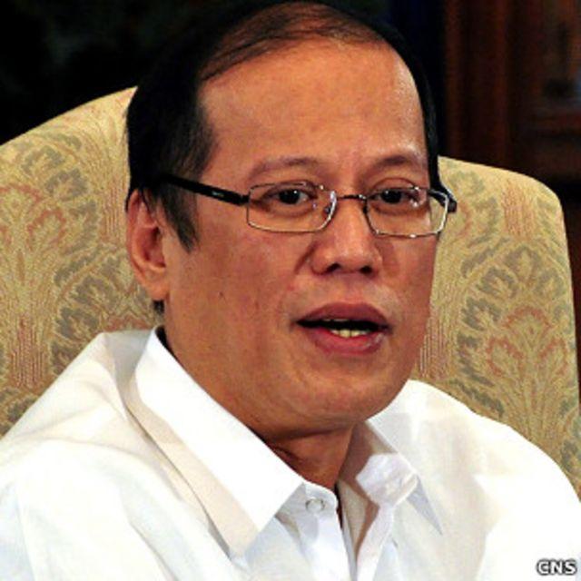 菲律賓總統阿基諾在總統府馬拉卡南宮「總統廳」接受中國媒體聯合採訪(中新社圖片26/8/2011)