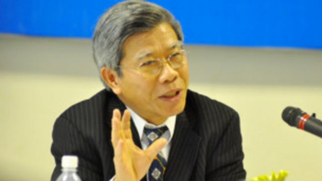 Ông Thúy mới nghỉ hưu từ ngày 01/05/2011.