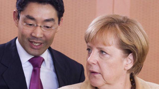 Bà Merkel nay sẽ không còn có Roesler trợ giúp