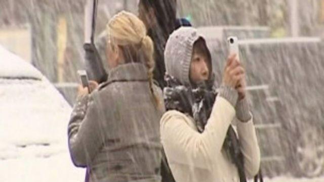 Americanos registram fotos da neve fora de época (BBC)